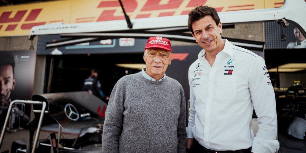 """Toto Wolff, sobre la relación entre Mercedes y Ferrari: """"Es difícil mantener una actitud amistosa"""""""