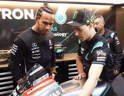 """Lewis Hamilton, de Ferrari: """"Probablemente hayan comenzado a preparar su coche un mes antes que nosotros"""""""
