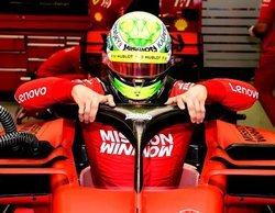 Sebastian Vettel halaga el buen trabajo de Mick Schumacher en los test de Baréin