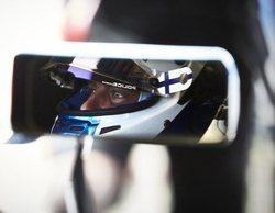Valtteri Bottas encabeza la tabla de tiempos en los Libres 2 del GP de Gran Bretaña