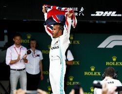 Lewis Hamilton vence en su Gran Premio de casa y logra números históricos en F1