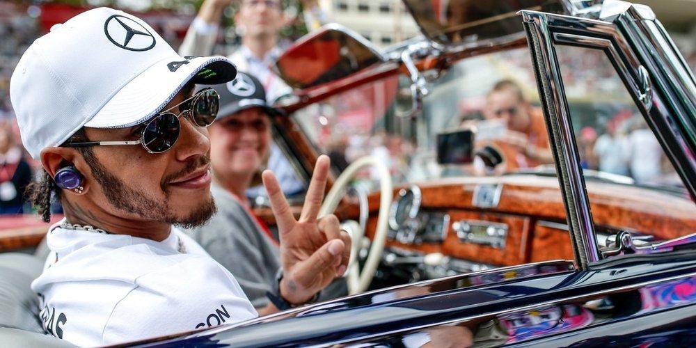 """Hamilton, sobre el pique Rosberg-Verstappen: """"Lo que dijo Max fue realmente divertido"""""""