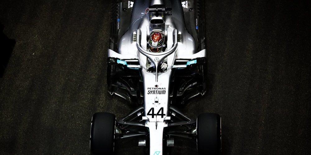 Lewis Hamilton domina con autoridad en la segunda práctica en Singapur