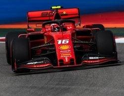 Charles Leclerc se alza con la pole position en Rusia y sigue demostrando que no tiene rival