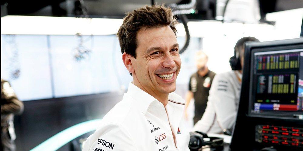 """Toto Wolff, sobre Lewis Hamilton: """"Se ha ido fortaleciendo con el paso de las temporadas"""""""