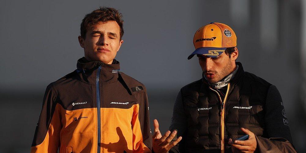 """Norris: """"Gran parte del éxito logrado es por la forma en la que Sainz y yo hemos trabajado juntos"""""""