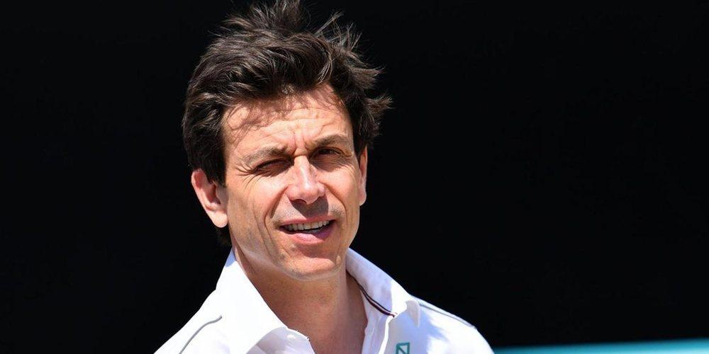 """Toto Wolff, sobre el GP de China: """"Espero que finalmente podamos celebrarlo"""""""