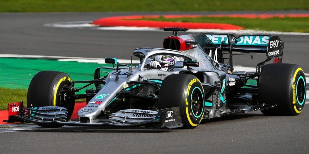 """Lewis Hamilton, contento tras su primera toma de contacto con el W11: """"Ha respondido bien"""""""