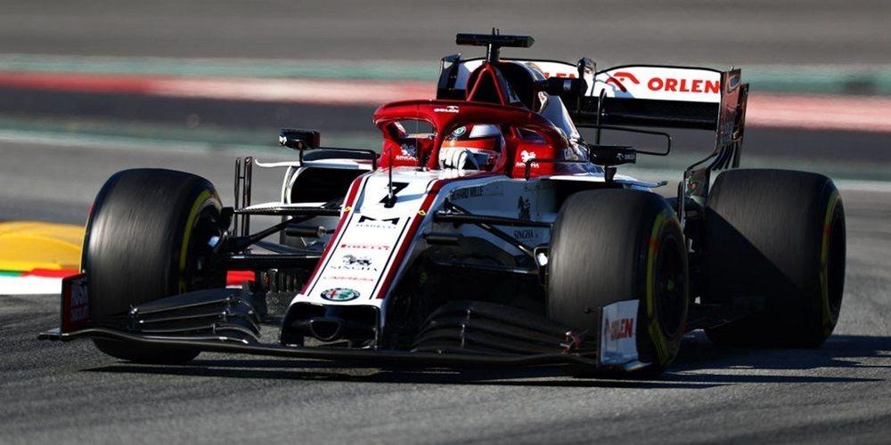 Kimi Räikkönen, mejor tiempo y KO en la segunda jornada de test en Montmeló