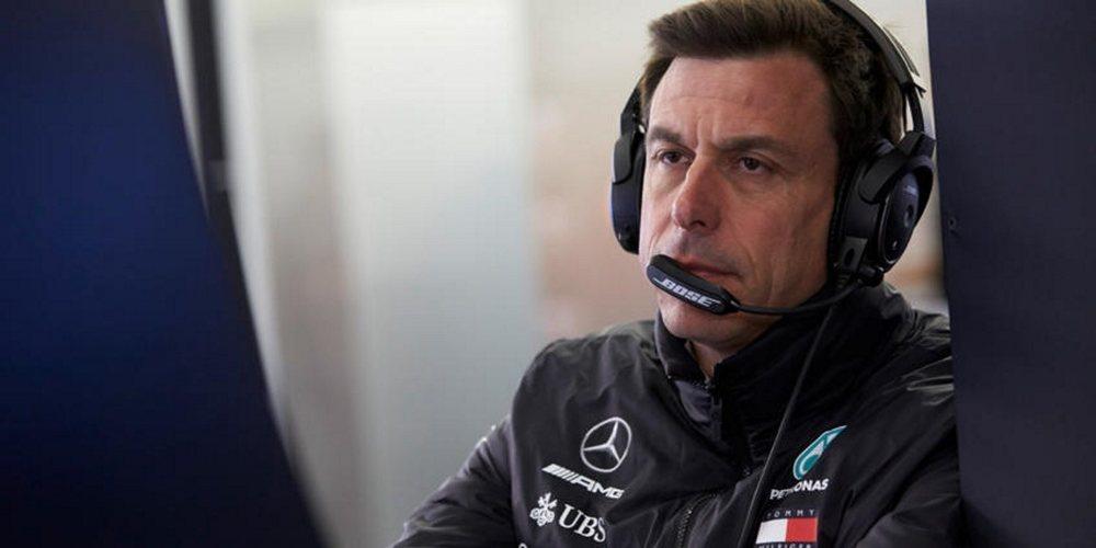 """Wolff: """"Trabajaremos con la FIA para encontrar las mejores soluciones para los próximos meses"""""""