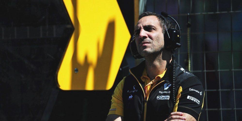 """Cyril Abiteboul: """"Tiene sentido que intentemos ajustar nuestros coches a las ruedas de Pirelli"""""""