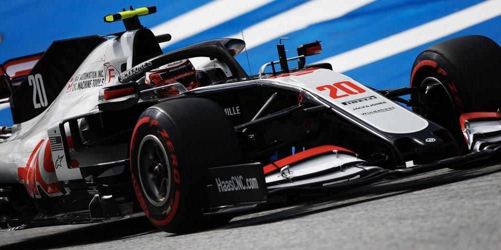 """Kevin Magnussen: """"El agarre trasero es muy bueno en nuestro coche, pero la consistencia es clave"""""""