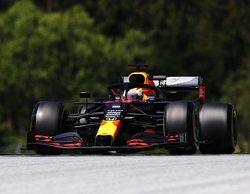 Verstappen avisa en casa de Red Bull en los libres 2