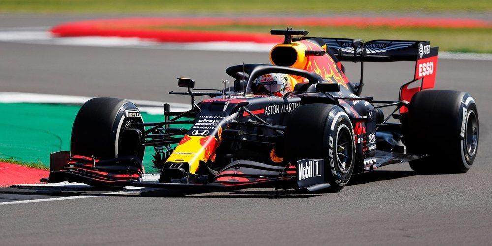 Max Verstappen lidera una primera sesión de Libres con tiempos poco significativos