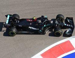 Bottas no tiene rival y lidera el FP1 en Sochi