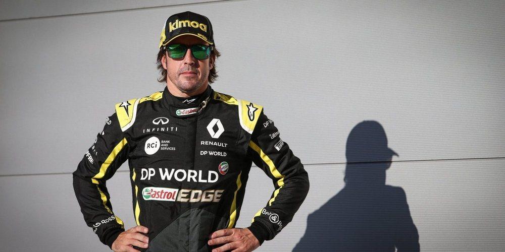 Renault confirma a Guanyu Zhou y Fernando Alonso para los test de jóvenes pilotos