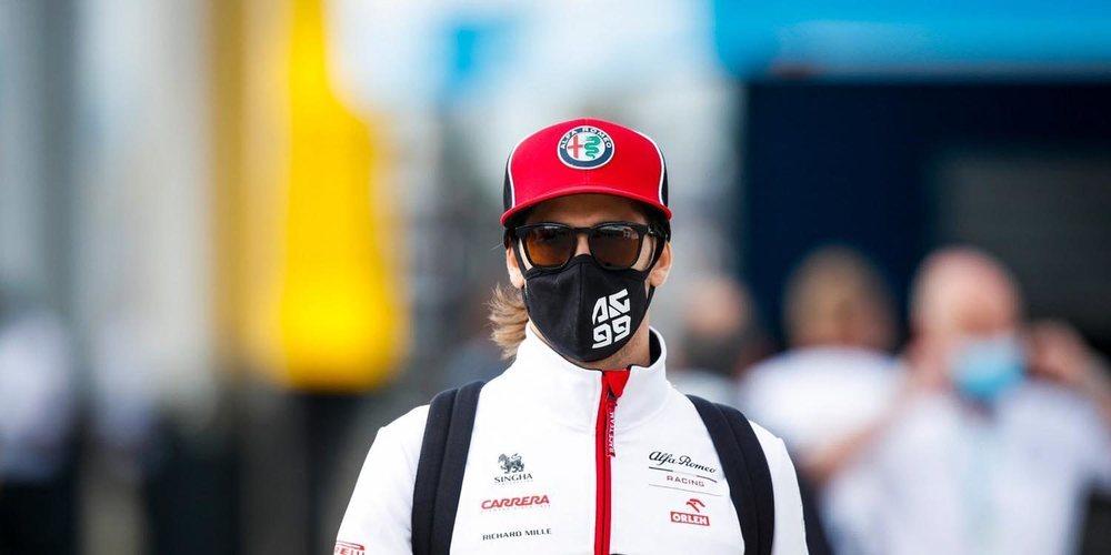 """Giovinazzi: """"Estoy concentrado en mí mismo y en hacer el mejor trabajo posible en Alfa Romeo"""""""