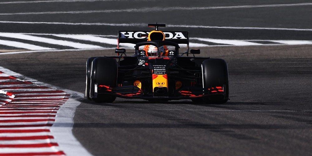 Max Verstappen mete presión a los Mercedes y se postula favorito para la pole position