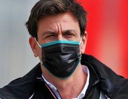 """Wolff, a Red Bull: """"Unas obras de construcción no van a ser suficientes para ser competitivos en tres años"""""""