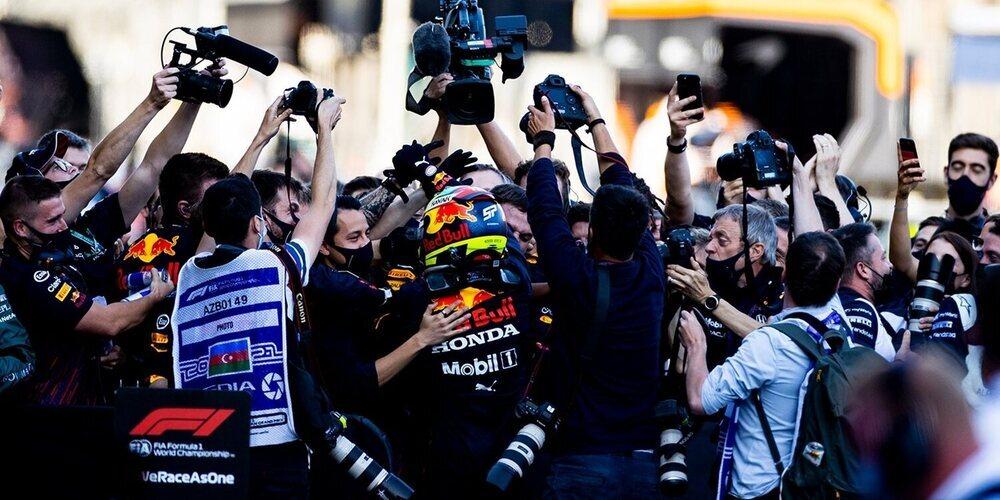 """Max Verstappen, contento con el paso adelante de Pérez: """"Es positivo para él y para el equipo"""""""