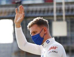 """Mick Schumacher: """"Es todo lo que tenemos, crucemos los dedos y sigamos adelante"""""""