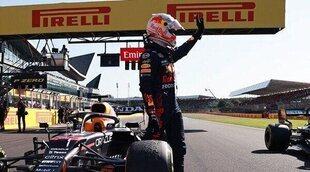 Max Verstappen se acuerda de Hamilton y Wolff durante una carrera de simracing
