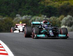 Lewis Hamilton termina en lo más alto de la tabla en los Libres 2 de Turquía
