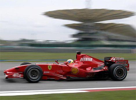 Massa y Ferrari, los más rápidos en los segundos entrenamientos libres en Malasia
