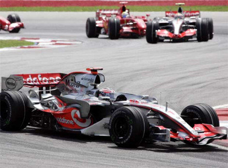 Más de 2,5 millones madrugaron para ver ganar a Alonso