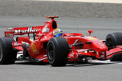 Raikkonen, el más rápido en la primera sesión de entrenamientos libres de Bahrein