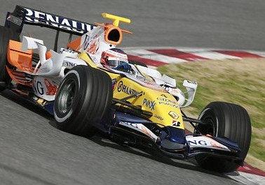 Kovalainen da un respiro a los Renault