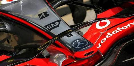 McLaren estrena un revolucionario alerón frontal