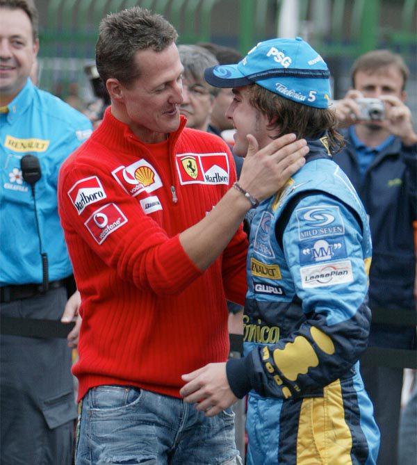 Schumacher podría volver a Ferrari en 2011 [INOCENTADA]