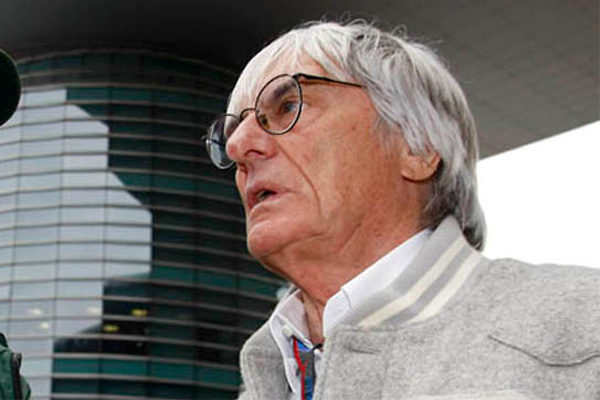 Ecclestone niega las acusaciones de soborno a un banquero alemán