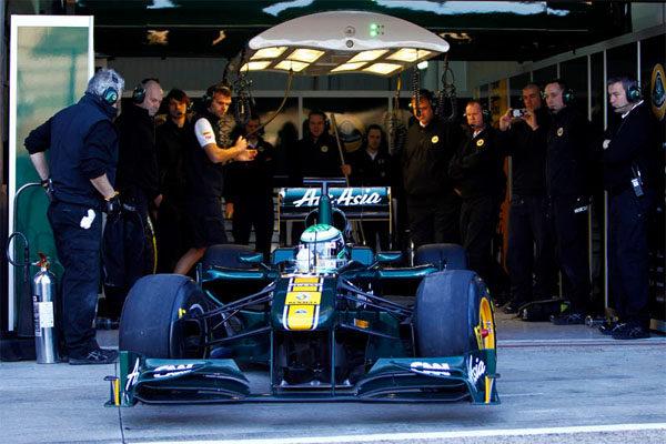 Fernando Alonso es el más rápido del segundo día de test en Cheste