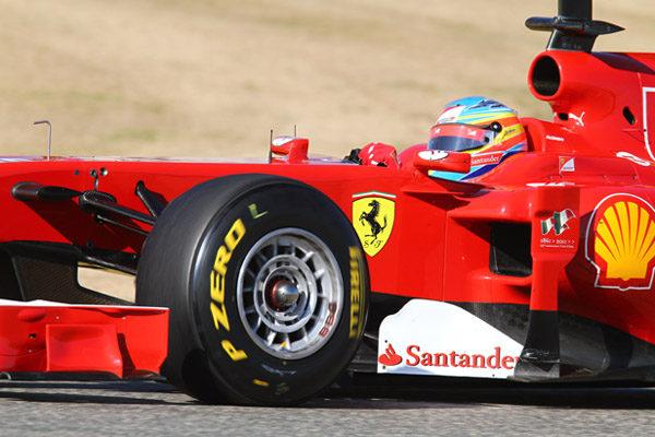 Fernando Alonso cree que los Pirelli serán la clave de la temporada 001_small