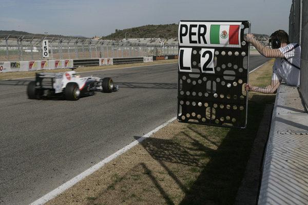 Kubica lidera la última jornada de entrenamientos en Cheste