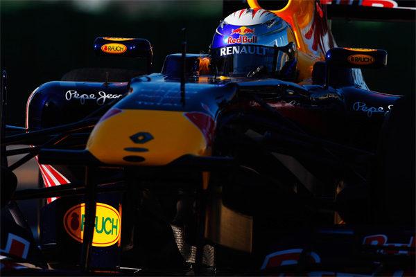 Vettel encabeza la primera jornada de entrenamientos en Barcelona