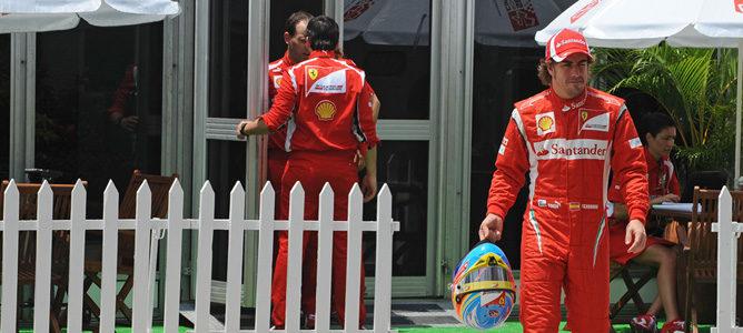 "Alonso: ""El Red Bull de Vettel parece estar fuera de alcance"""