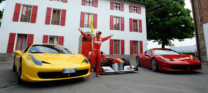 Felipe Massa rueda en Fiorano con el 150º Italia 001_small