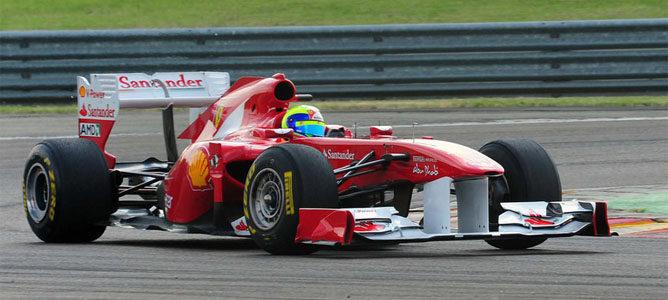 Felipe Massa rueda en Fiorano con el 150º Italia 002_small