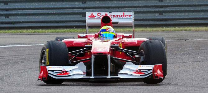 Felipe Massa rueda en Fiorano con el 150º Italia 003_small