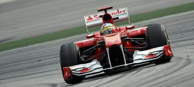 Webber consigue el mejor tiempo en los primeros libres de Barcelona 002_small