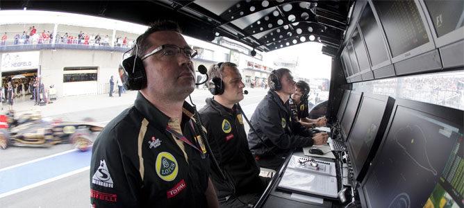 """Eric Boullier: """"Tenemos que alcanzar a Mercedes GP"""""""