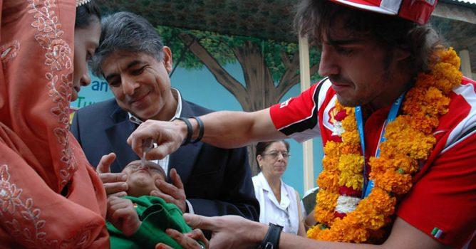 Fernando Alonso embajador de UNICEF en la India 002_small