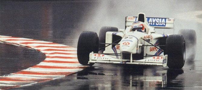 Barrichello termina segundo en Mónaco 1997 con Stewart
