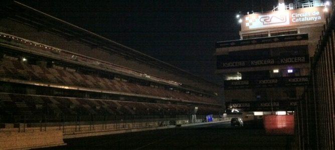 noche en el Circuit de Catalunya