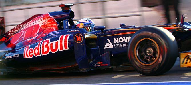 Ricciardo con el STR7
