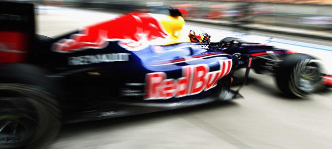 Sebastian Vettel saliendo de boxes en China 2012