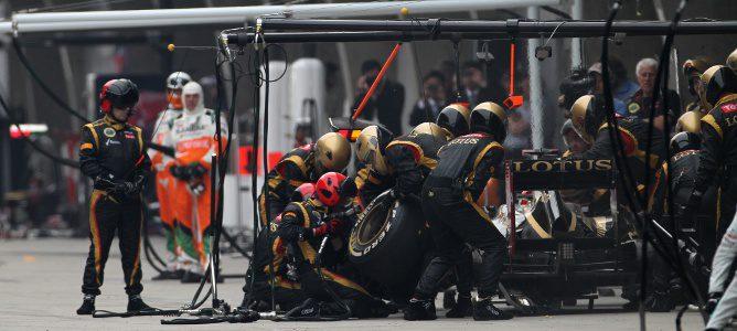 Parada en boxes del equipo Lotus